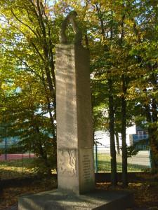 Památník suchdolským obětem 2. světové války. Foto František Cinger