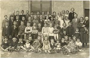 ročník 1910 1917-18 2.A Unětice (Kozák Jar)